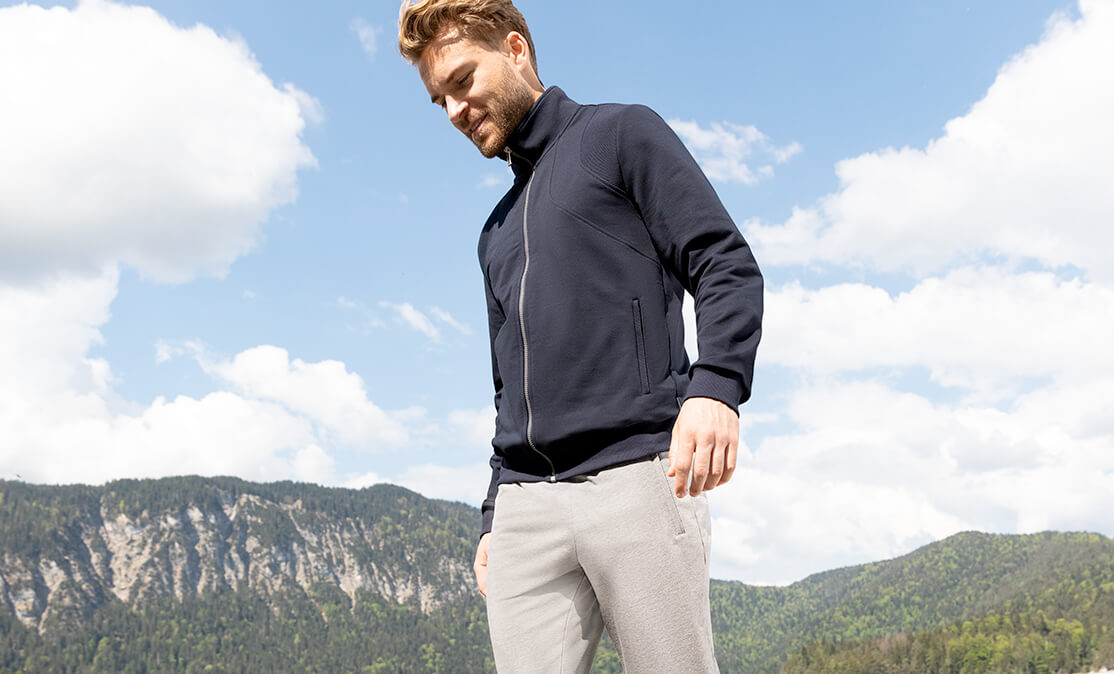 Modische Sportbekleidung für Sie und Ihn  Schneider Sportswear a4eae6d33a